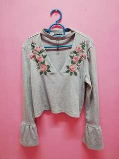 Crop top embroidered