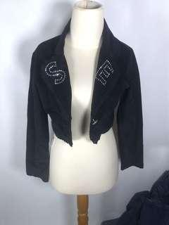 black crop outer