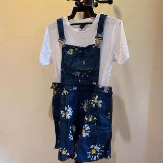 Cute daisy printed jean overall dress