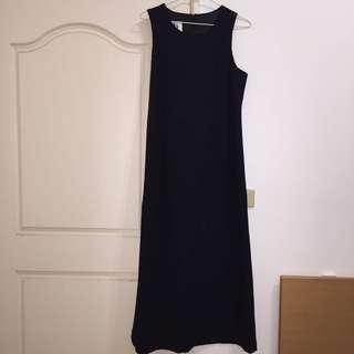 🚚 後開衩無袖黑色小禮服👗👠
