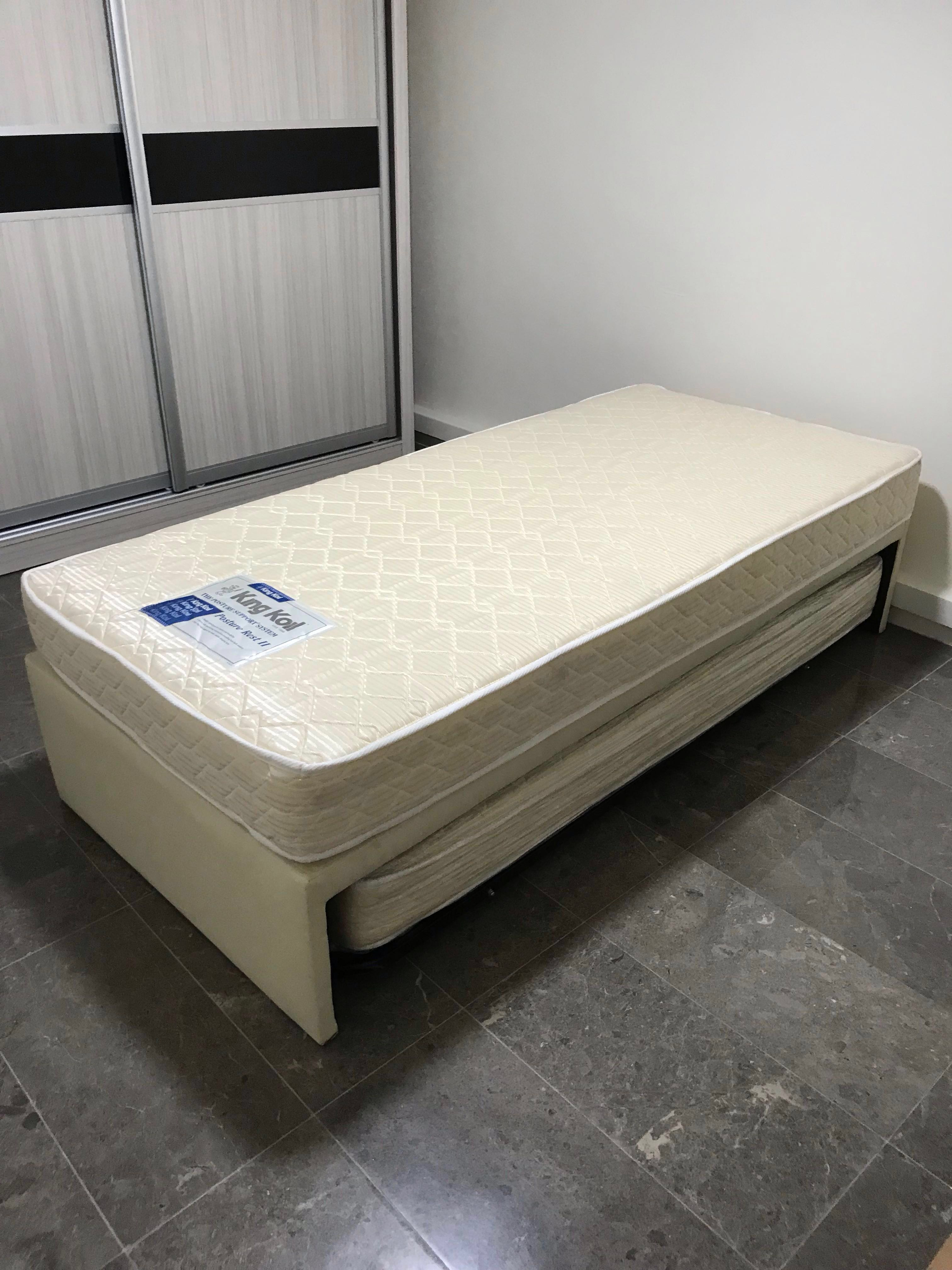 Almost New Single Mattress With Bed Frame Pull Out Bed Furniture