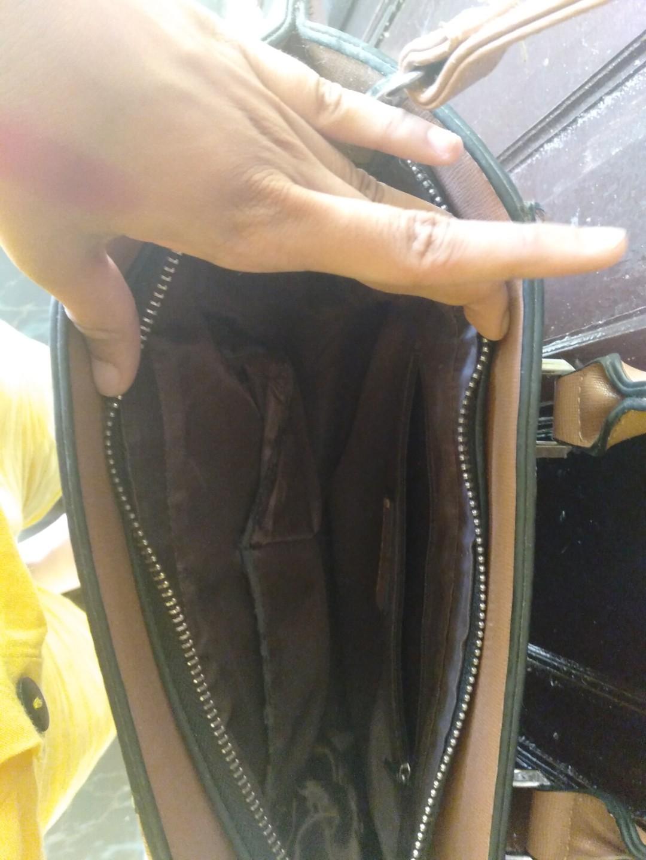 Bag charles & keith