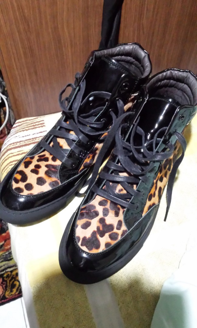 3f08b00607347 Tiger cheetah skin domo shoe s not mk prada lv lacoste Gucci hermes ...