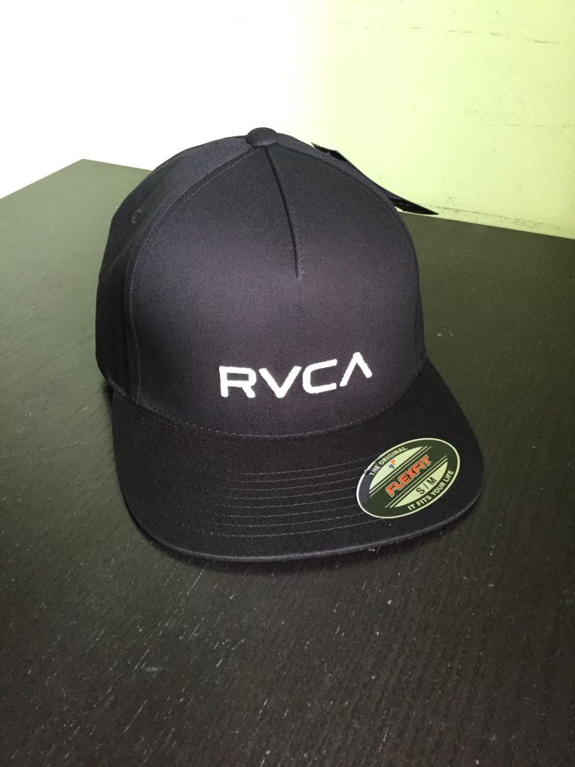 a339d113 RVCA Flexfit Cap with Embroidered Logo, Men's Fashion, Accessories ...