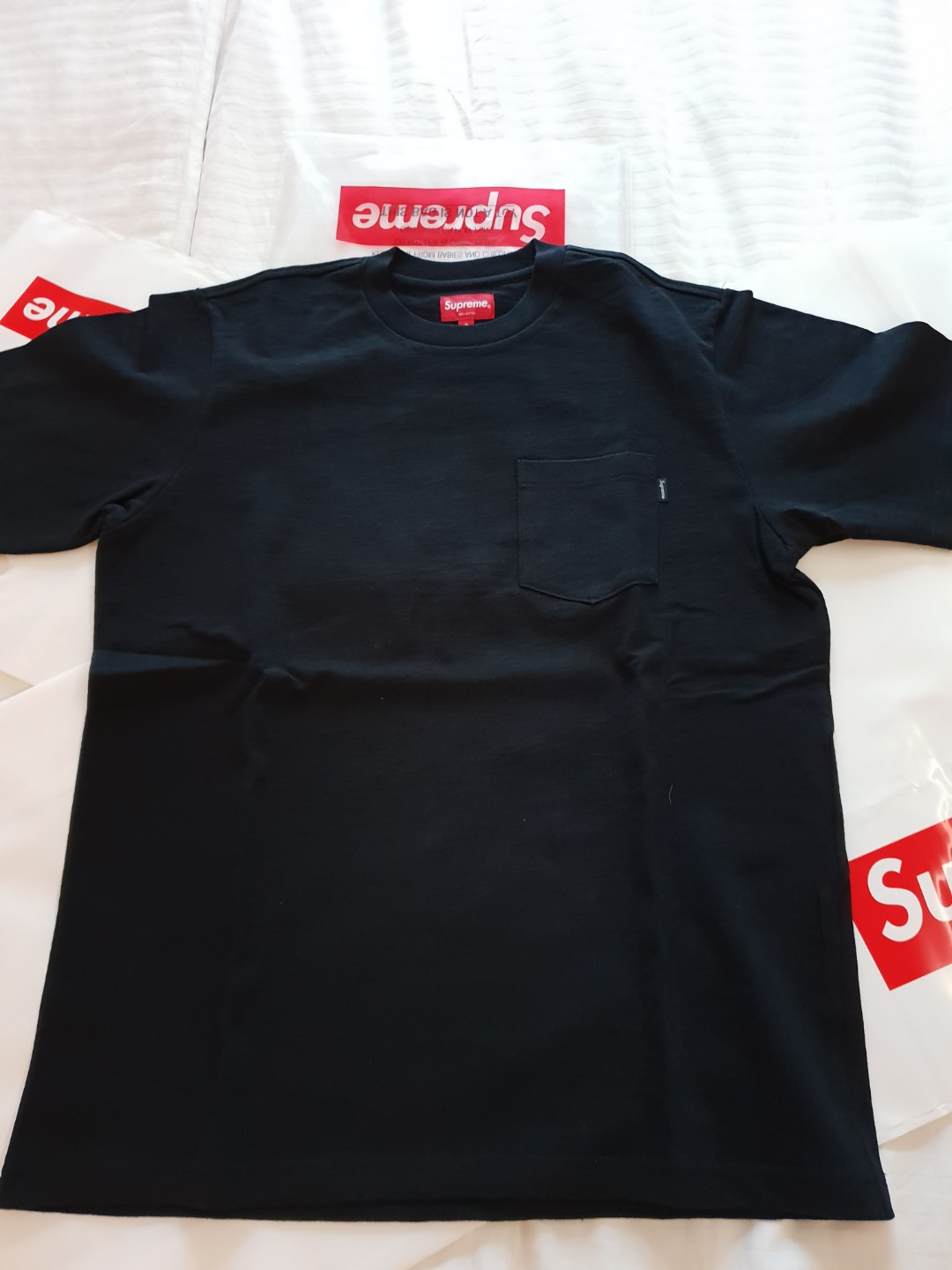 f4a31318 Supreme Pocket Tee (S), Men's Fashion, Clothes, Tops on Carousell