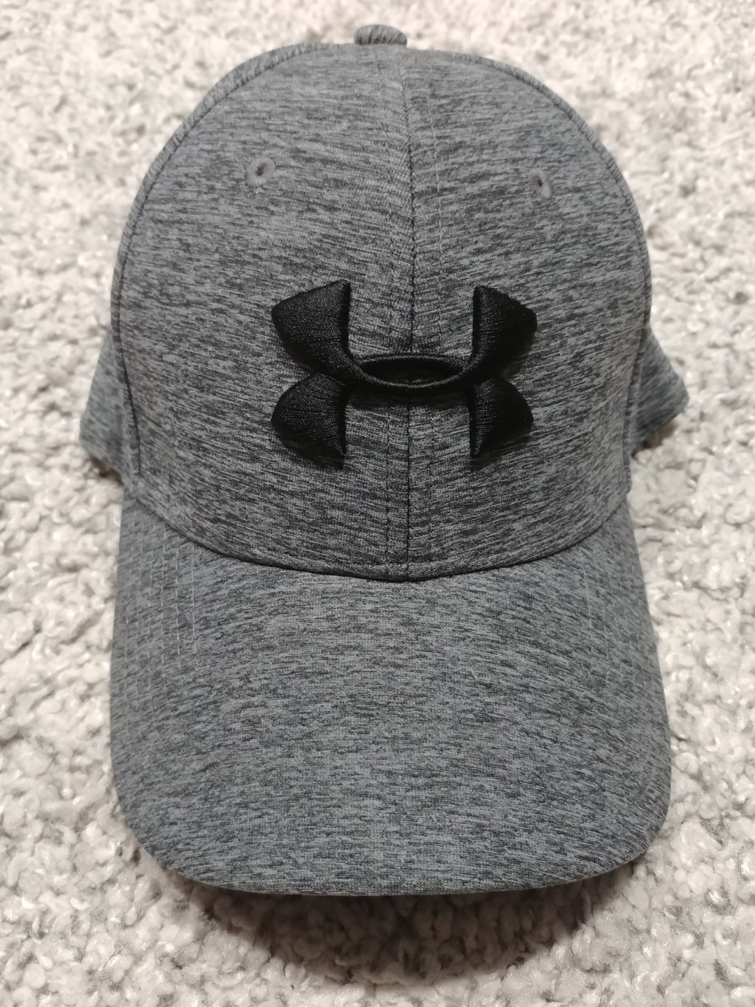 32cc52658 Under Armour Cap, Men's Fashion, Accessories, Caps & Hats on Carousell