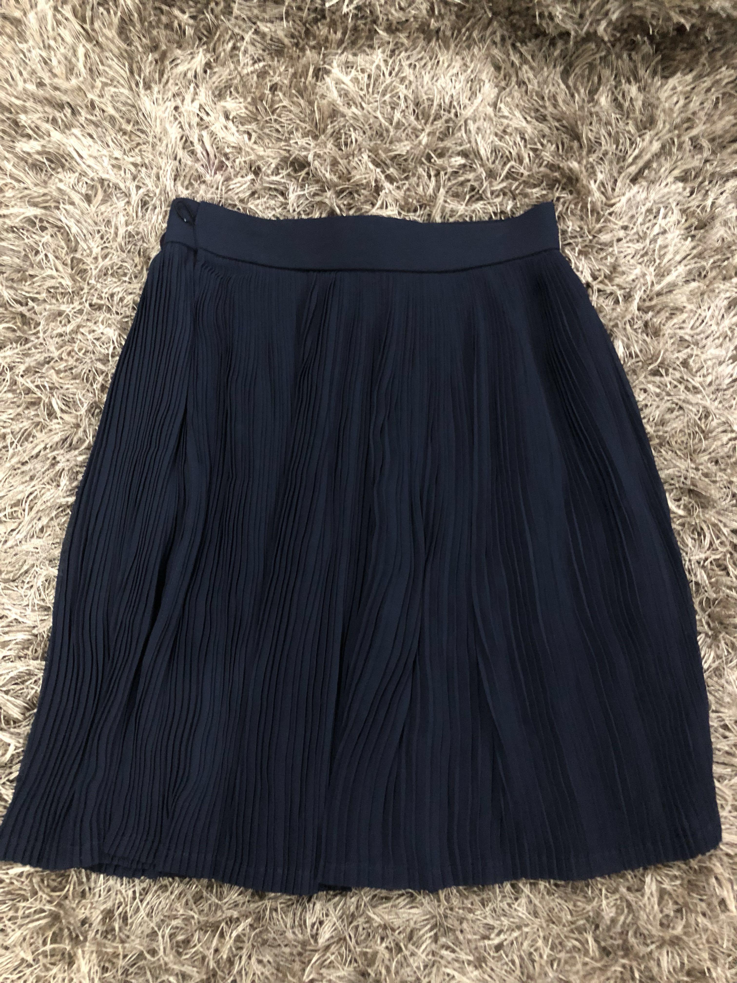 f9f1156258 Wrap around Pleated Skirt on Carousell