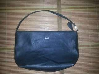 Guess authentic handbags
