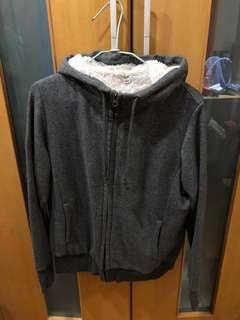 🚚 Uniqlo女灰色內裡刷毛保暖外套 8.5成新!降價