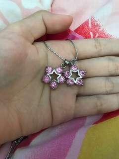 Necklace pink star pendants
