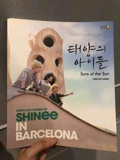 [Unsealed] SHINee in Barcelona (Book)