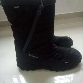 Price Drop To Clear!!Winter Boots Frm Decathlon/ Size 44 /good Condition