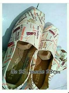 Sepatu import obral 50