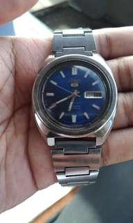 For sale : vintage SEIKO 5 type 6119 Automatic 21 jewels