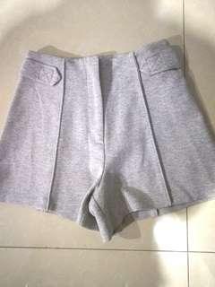 Gray F21 highwaist shorts
