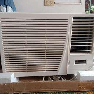 GE Aircon Air Conditioner 1.5 Hp (Used 2-3 Years)