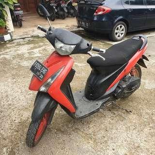 Suzuki Spin 2007