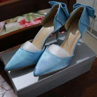 BRAND NEW Velvet Engagement Shoes FREEONGKIR Jabodetabek