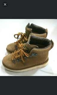 🚚 古著 CAT 原單 短靴 工作鞋 黃靴