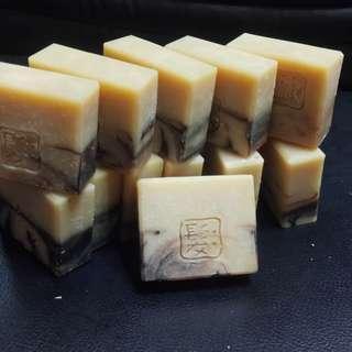 喜羊羊工作坊~薑汁洗髮皂//薑汁何首烏洗髮皂
