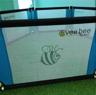 Vee Bee 6 panels playyard I