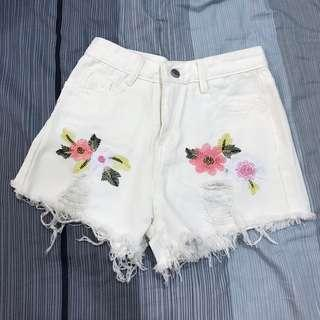 Ripped Floral Shorts 0033
