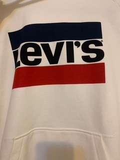 🚚 Levis 帽T