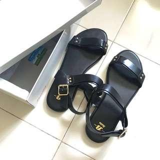 RTP $34.95 BNIB black sandals/flats from bata