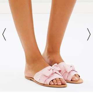 New - Spurr Shoes slides in pink faux suede size 6
