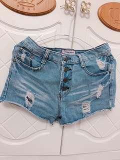 🚚 四釦牛仔短褲