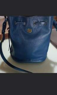 Authentic Tory Burch slingbag