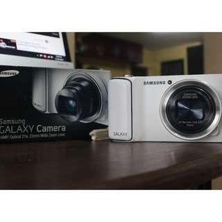 Samsung Galaxy Camera WiFi Android