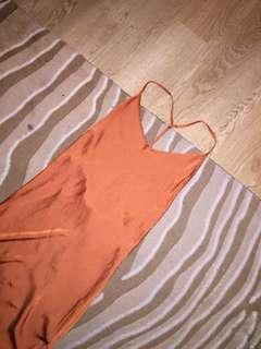New Unworn orange midi dress satin size 12 low-cut back size thigh split