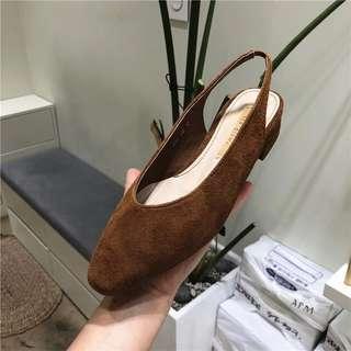 正韓絨面包鞋涼鞋後絆帶鞋低跟鞋(深咖啡鞋)