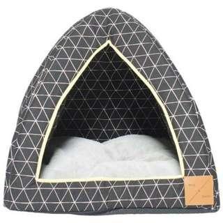 Mog & Bone Cat Igloo - Pitch Triangle