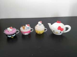 McD Helly Kitty Teapot Set