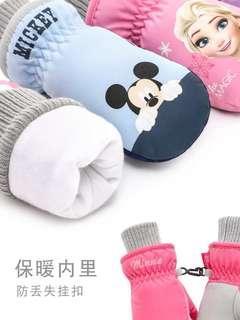 🚚 Winter snow gloves mittens for kids