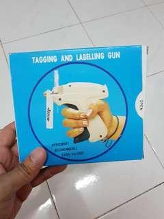 Labelling & Tagging Gun by Arrow