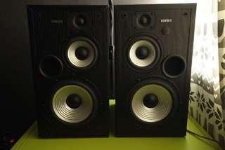 Edifier monitor speaker r2800