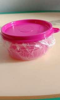 TUPPERWARE SMALL SAVERS
