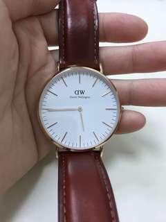 🚚 DW手錶正牌9成新