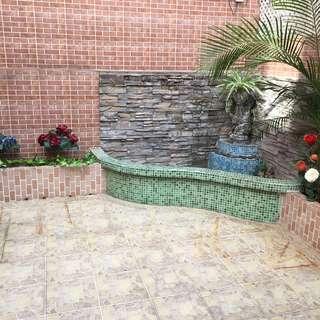 旺角3房2廳,近港鐵及火車站,罕有私人平台花園,市區內少有放租特色單位