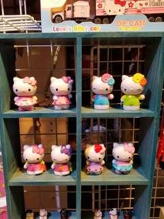 Hello Kitty 一套八件 擺件每個7cm