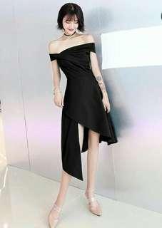 Asimetris black dress