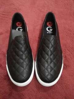 Sepatu Guess Authentic