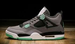 🚚 Nike air jordan 4代灰綠