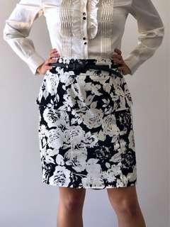 Review Floral Peplum Skirt