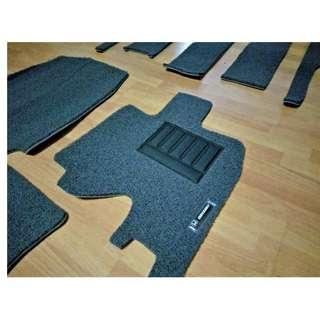 HONDA ODYSSEY OEM FITMENT CAR FLOOR MAT..FRONT DRIVER/PAX & REAR PASSENGER PVC COIL MATS COLOR AVAILABLE - BLACK, RED, GREY ,BEIGE ,BROWN & BLUE ..PLS LET ME KNOW YEAR MODEL OF YOUR HONDA ODYSSEY..