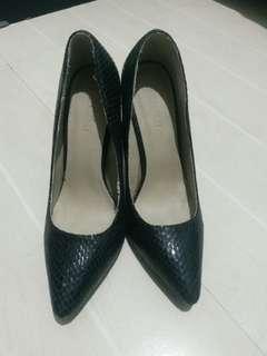 Parisian Walt High Heels