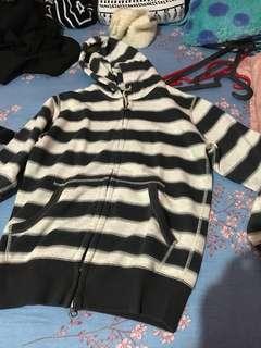 jaket untuk musim dingin uniqlo stripes